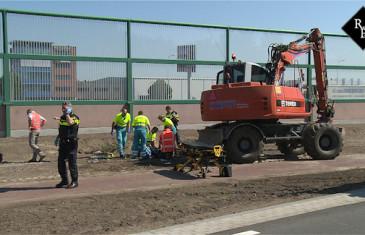 Bedrijfsongeval met graafmachine Taxandriaweg Waalwijk