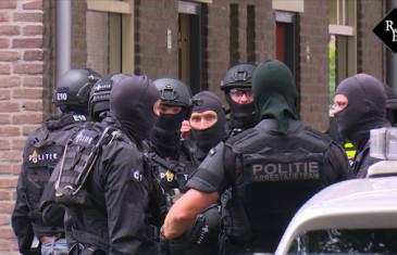 Vuurwapengevaarlijke man voortvluchtig na schietpartij Rob van Spaendonckstraat Tilburg