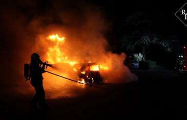 Autobrand aan de Glorieux in Dongen