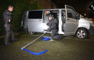 Politie ontdekt speciaal geprepareerde bestelbus voor dumpen drugsafval in Moergestel