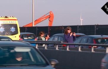 Kettingbotsing A59 met 6 voertuigen op de brug tussen Drunen en Waalwijk