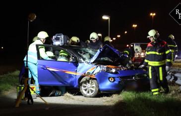 Twee gewonden bij ernstig ongeval A27 Werkendam