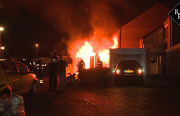 Uitslaande brand in garagebox Jacob Marisplein Drunen