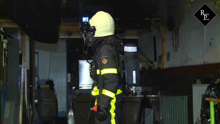 Brand in garage achter woning Tuinweg Oisterwijk