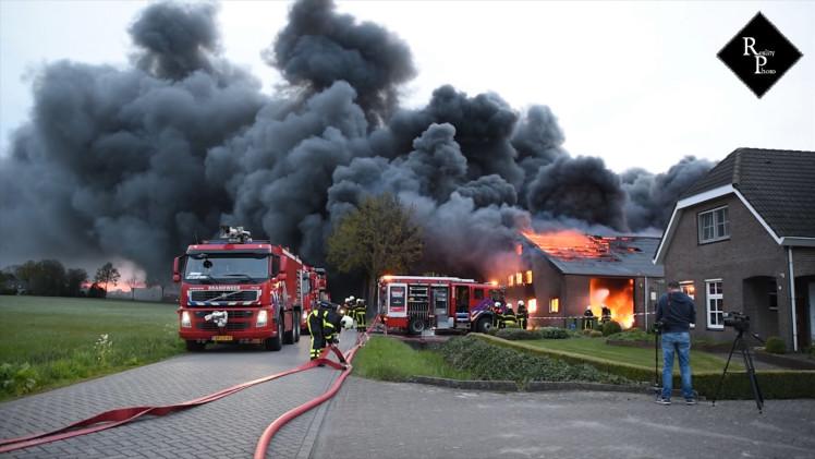Grote brand in champignonkwekerij Bavel (Grip2)
