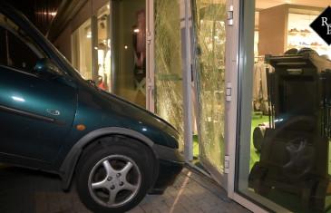 Mislukte ramkraak op Johns Sportshop in Tilburg