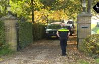 Politie doet inval in villa Wijk en Aalburg