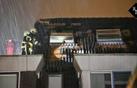 Ravage aan woning door blikseminslag Midslandstraat Tilburg