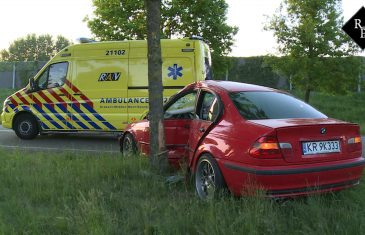 Poolse bestuurder ramt boom Spoorlaan Drunen
