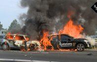 Twee auto's in brand na ongeval op A59 bij Drunen