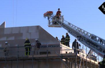 Bouwvakker bedolven onder ingestorte muur Bankirai Rosmalen