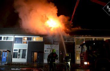 Uitslaande brand verwoest woning Sibeliusstraat Tilburg