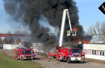 Grote uitslaande brand in voormalig pand Villaforte Woudrichem