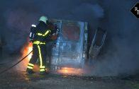 Gestolen bestelbus uitgebrand op zandpad Hilvarenbeek