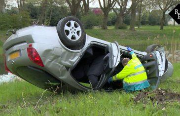 Auto slaat over de kop Vlijmenseweg Den Bosch