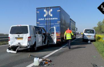 Ongeval meerdere voertuigen en gewonden A59 Waspik