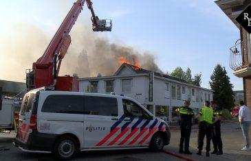 Grote uitslaande brand bij Asya bakkerij in Waalwijk