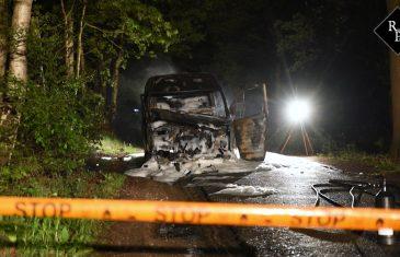 Bestelbus vol drugsafval brand uit Fransebaan Alphen