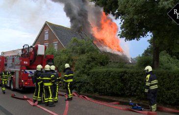 Uitslaande brand in woonboerderij Waspik na blikseminslag