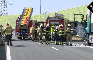 Vrachtwagenbrand A2 knooppunt Hintham Den Bosch
