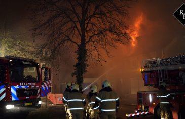 Uitslaande brand verwoest woning Vlijmen