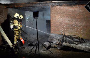 Garagebox brand uit Burgemeester van Houtplein Vlijmen