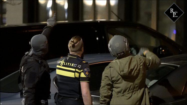 Arrestatieteam pakt verwarde man op Sint Catharinastraat Vlijmen