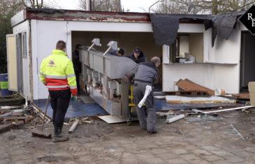 Sloop Cafetaria 't Pleintje in Den Dungen